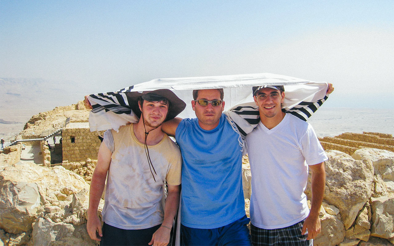 2006 Birthright Israel Alumnus David Bitton, with his new Israeli friends, on top of Masada