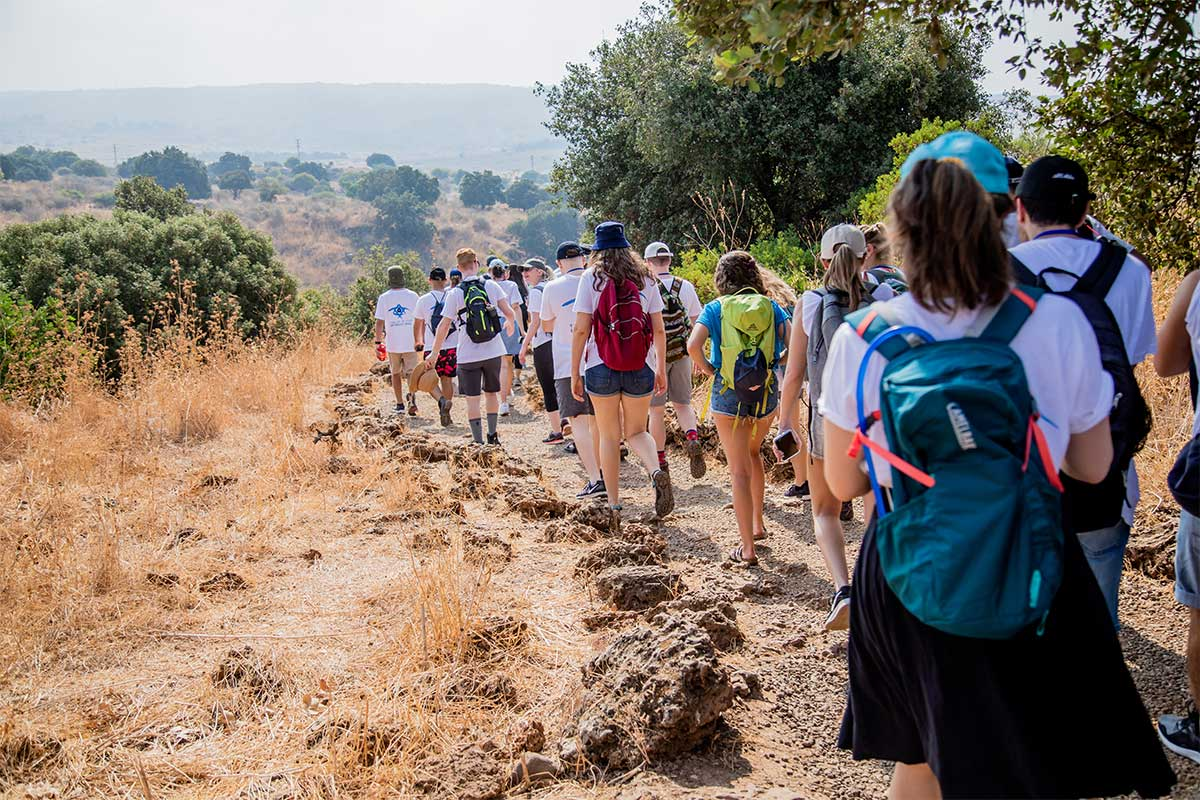 Birthright Israel participants hiking in Northern Israel